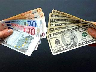 Курс доллара на межбанке снижается