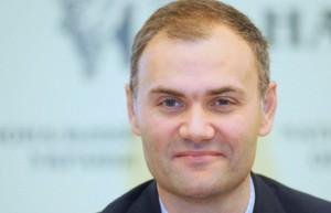 Обьем помощи Украине может составить 35 млрд долларов, - Колобов
