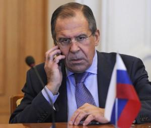 Россия не вмешивается во внутреннюю политику Украины - С. Лавров