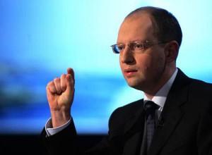Яценюк требует от ЕС безвизовый режим для украинцев