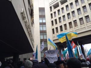 Что может спасти Крым от эскалации насилия?