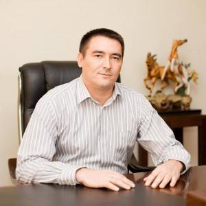 Российский рубль введут в Крыму в апреле - Р.Темиргалиев