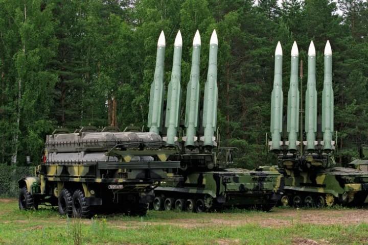 Россия стягивает на север Крыма системы залпового огня
