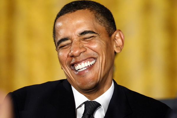 Обама поздравил Порошенко с победой
