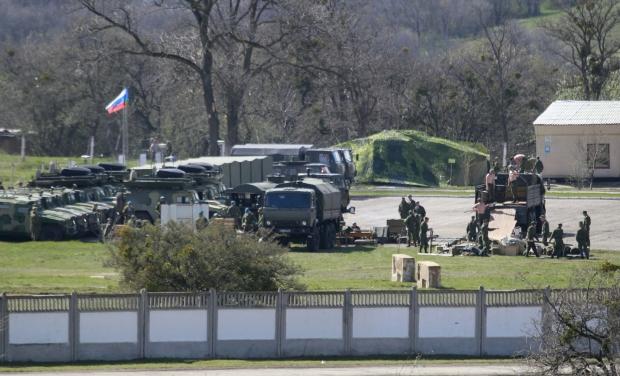 Россия продолжает перебрасывать войска к украинской границе