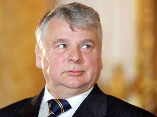 Третью украинскую революцию мы не поддержим - глава Сената Польши