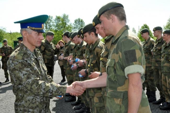 Российские военные блокируют 10 пограничных обьектов