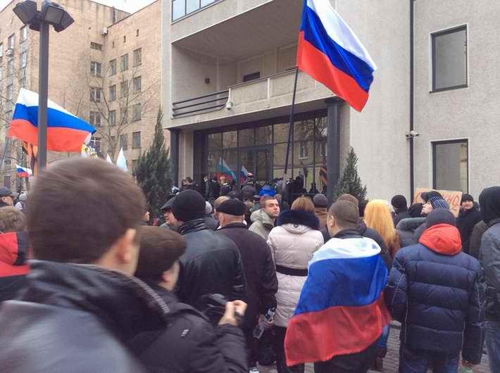 Донецкие сепаратисты посягнули на российский бизнес
