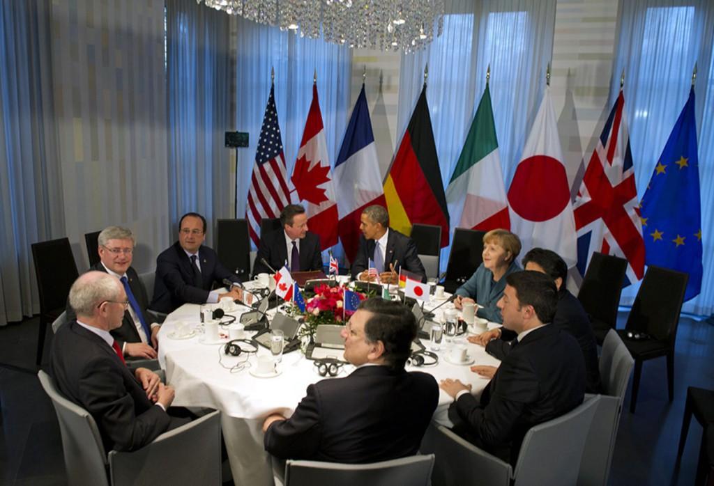 «Большая семерка» оставит санкции против России