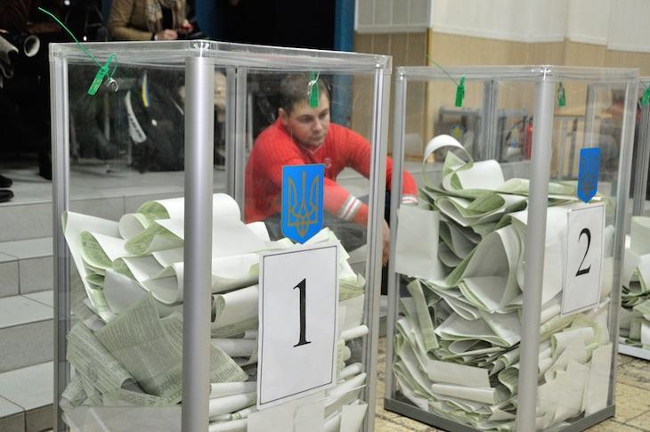 Кто и зачем срывает президентские выборы в Украине