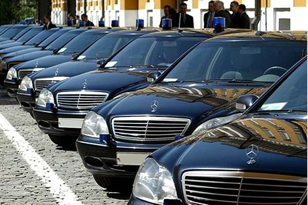 Кабмин объявил о распродаже автопарка