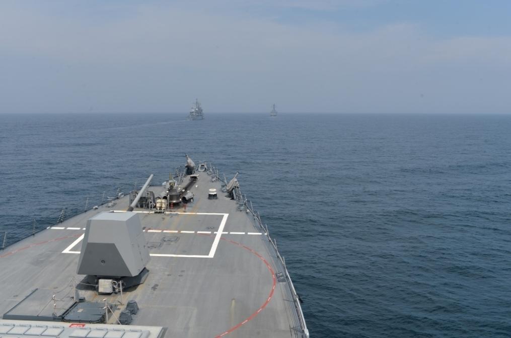 США подтвердили отправку в Черное море эсминца