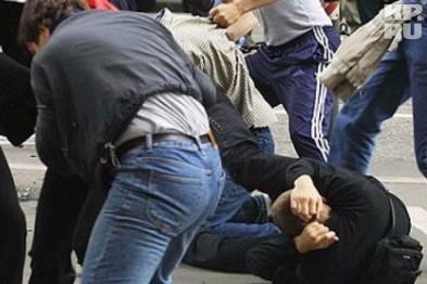 В Донецке затеяли массовую потасовку