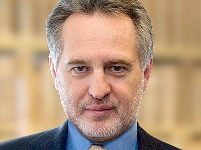 Фирташ поддержал президентские амбиции Порошенко - Bloomberg