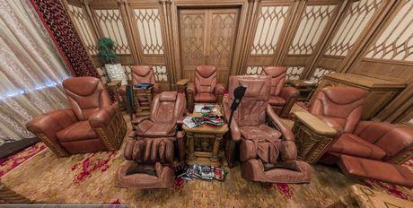 Декор кинозала Януковича стоил 2 млн гривен