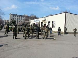 Наблюдателей ОБСЕ в Славянске  взяли в заложники