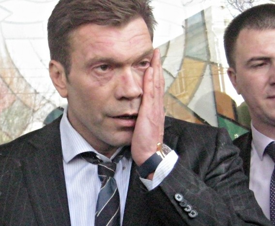 СМИ: В Днепропетровске захватили фабрику Царева