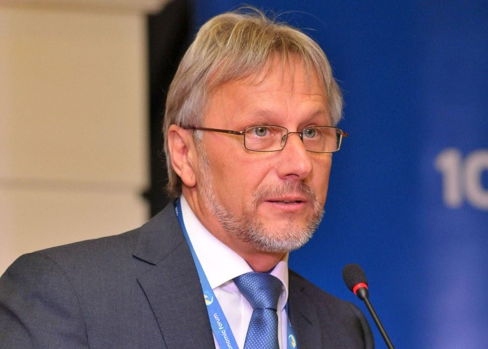 Володимир Лавренчук: «Ми  вийшли з Криму, там закриті  всі 32 відділення»