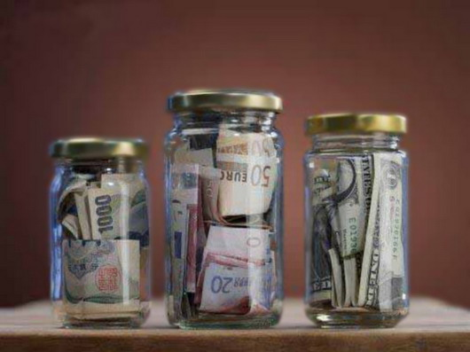 Россия планирует законсервировать банки в Крыму