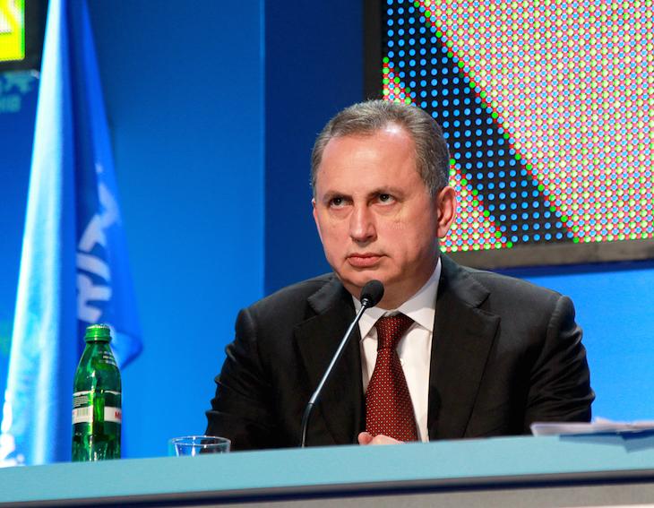 Партия регионов представит новую Конституцию