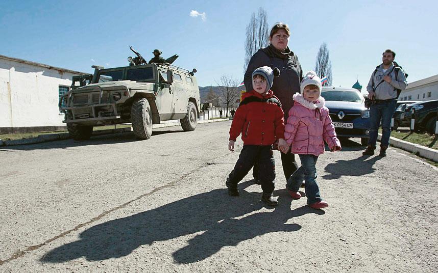 Жители Славянска массово эвакуируются в Святогорск