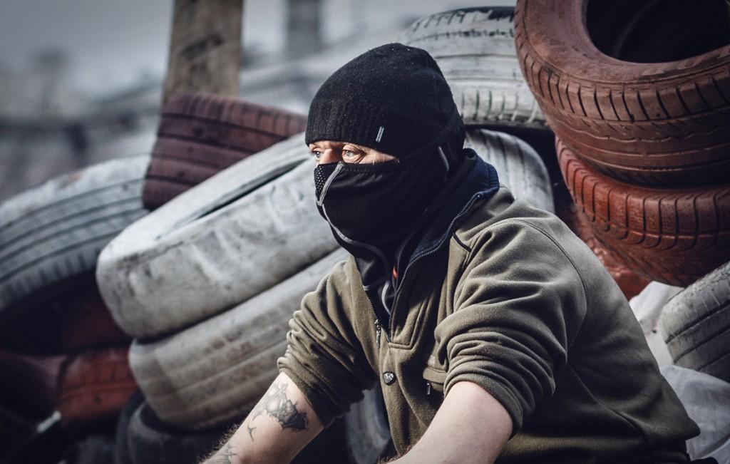 В Краматорске женщины выгнали вооруженных боевиков. Видео