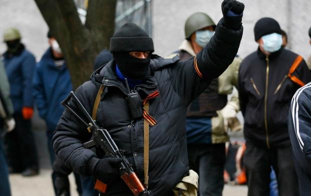 Террористы  заблокировали погранотряд в Амвросиевке
