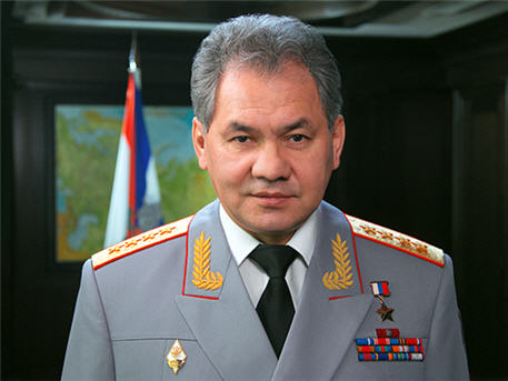 Шойгу приказал отвести войска от границы с Украиной