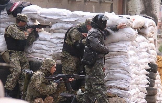 Террористы напали на блокпост АТО под Славянском, двое из них погибли