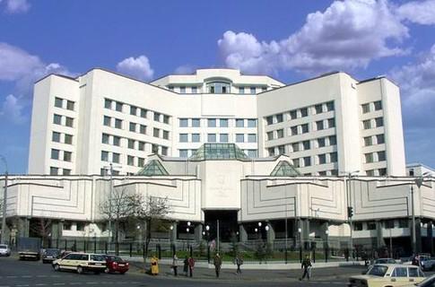 Конституционный суд не изменил срок полномочий президента Украины - источник