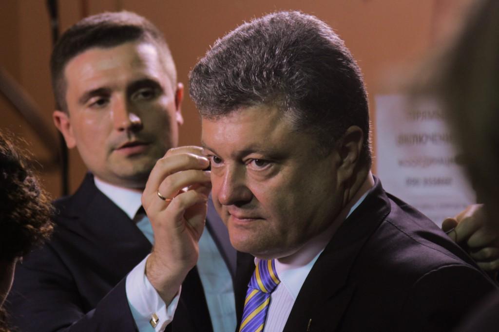 Найден убитым руководитель избирательного штаба Порошенко на Винничине