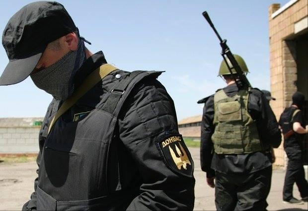 Боевики пытались захватить семьи бойцов