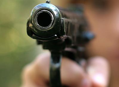 СМИ: Террористы похитили двух заместителей прокурора Донецкой области