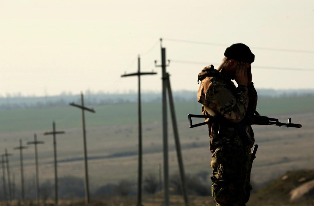 В Славянске ночью террористы обстреливали украинских силовиков