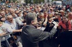 Порошенко обещает распустить Раду в случае избрания Президентом
