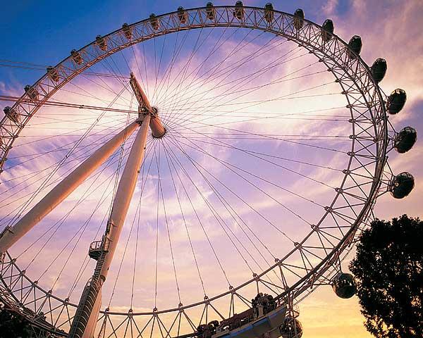 В Киеве появится гигантское колесо обозрения
