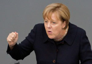 Меркель угрожает РФ новыми санкциями