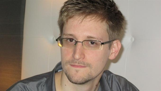 Сноуден намерен переехать из России в Бразилию