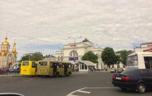 В Донецке восстановили движение транспорта