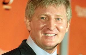 Ахметов заплатит 25 миллионов за ремонт линий электропередач