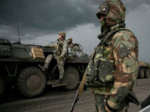 Под Славянском начались бои: террористы используют танки