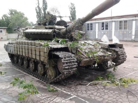 Террористы угнали танк-памятник