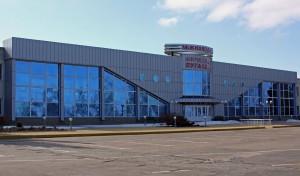 Луганский аэропорт закрыли до 10 июня