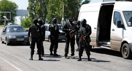 Террористы захватили военкомат в Северодонецке