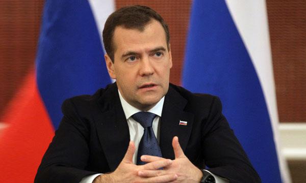 Медведев: Вина за происходящее ложится на всех руководителей Украины