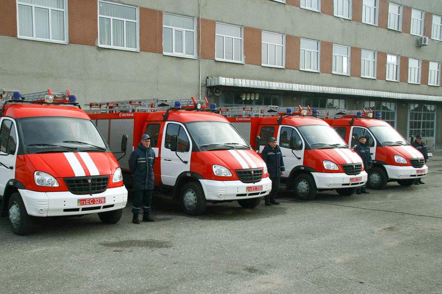 На Луганщине террористы угнали три авто спасателей