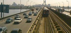 В Киеве ограничат движение на Южном мосту