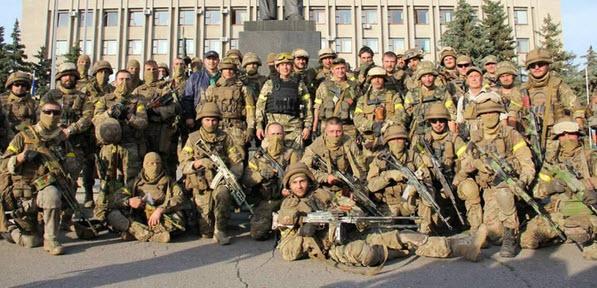 Военные в освобожденном Славянске