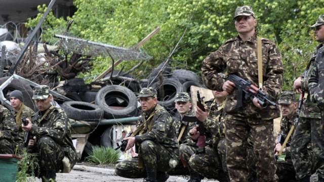 ОБСЕ: В сторону Донецка едут 43 военных грузовика