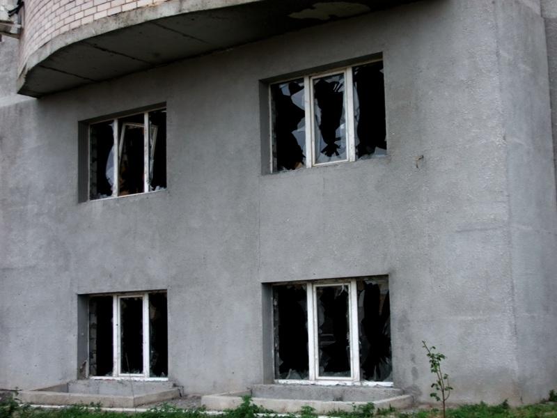 Горловку вновь обстреляли: есть жертвы